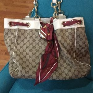 Authentic Gucci large Positano tote bag with scarf